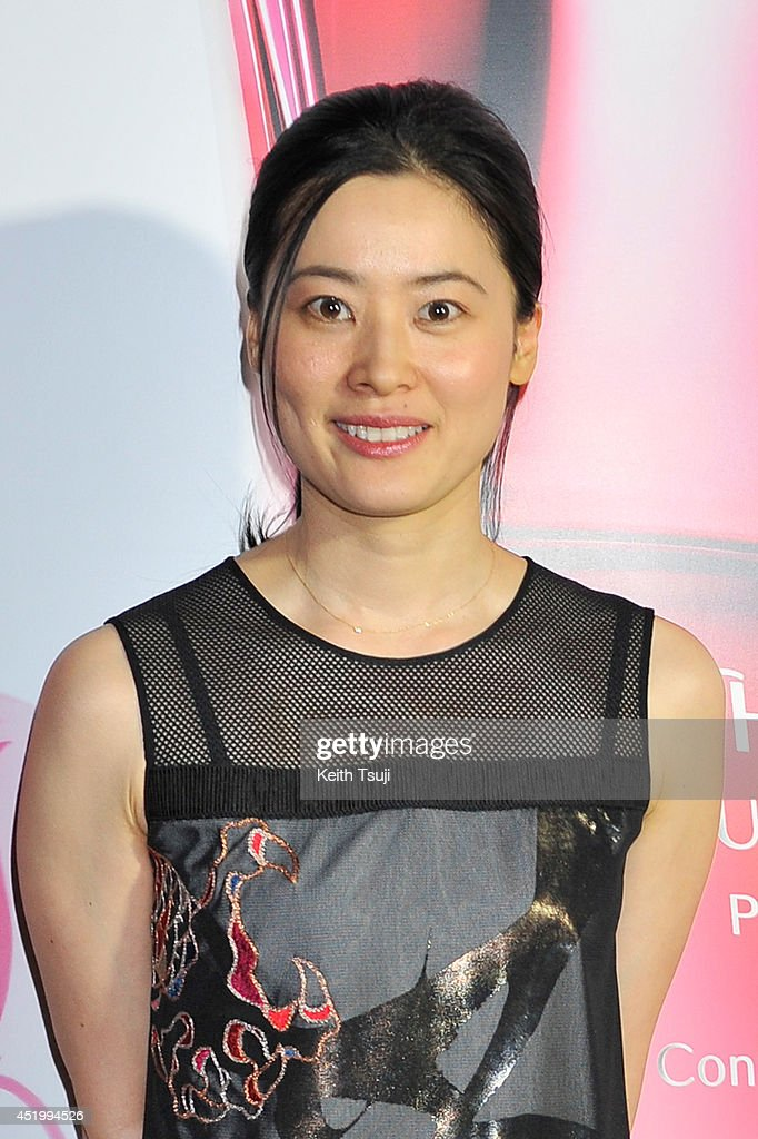 Calligrapher Sisyu attends the The ULTIMUNE Evening - SHISEIDO ULTIMUNE Launch Party, an event to unveil ULTIMUNE Power Infusing Concentrate at ANdAZ Tokyo Toranomon Hills on July 10, 2014 in Tokyo, Japan.