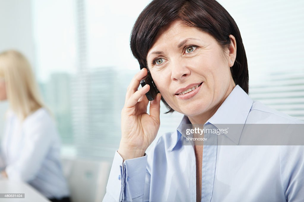 電話の女性 : ストックフォト