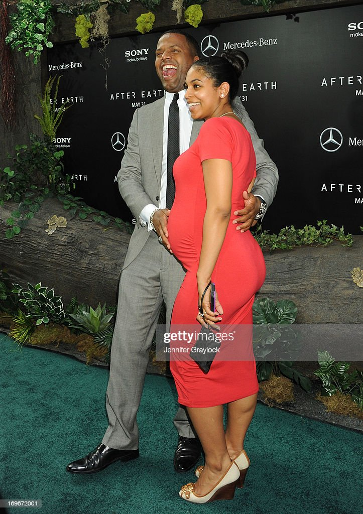 A.J. Calloway and Dionne Walker attend the 'After Earth' premiere at Ziegfeld Theater on May 29, 2013 in New York City.