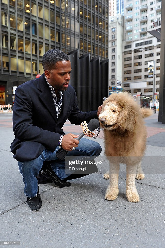 AJ Calloway interviews Charles the Monarch during a taping of 'Extra' in Times Square on January 10, 2013 in New York City.
