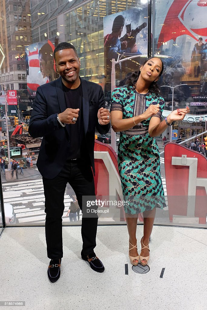 Calloway interviews Kelly Rowland during her visit to 'Extra' at their New York studios at HM in Times Square on April 1 2016 in New York City