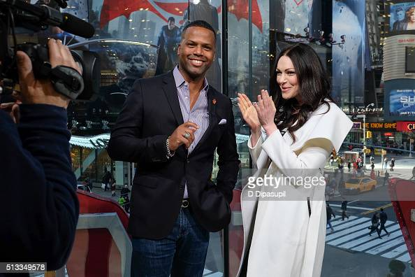Calloway interviews Laura Prepon during her visit to 'Extra' at their New York studios at HM in Times Square on March 2 2016 in New York City