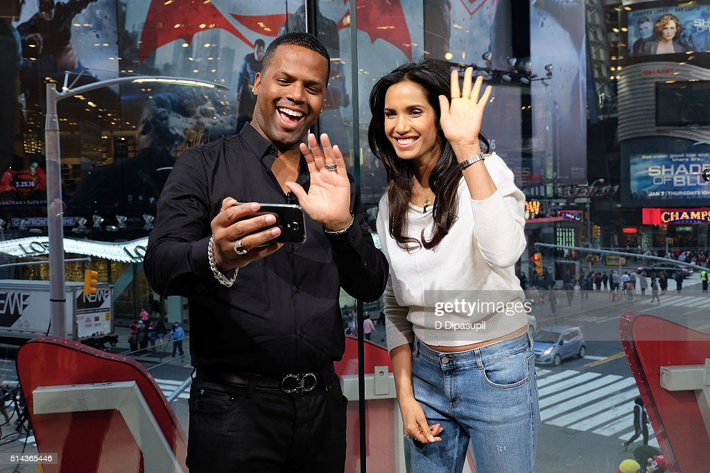 Calloway interviews Padma Lakshmi during her visit to 'Extra' at their New York studios at HM in Times Square on March 8 2016 in New York City