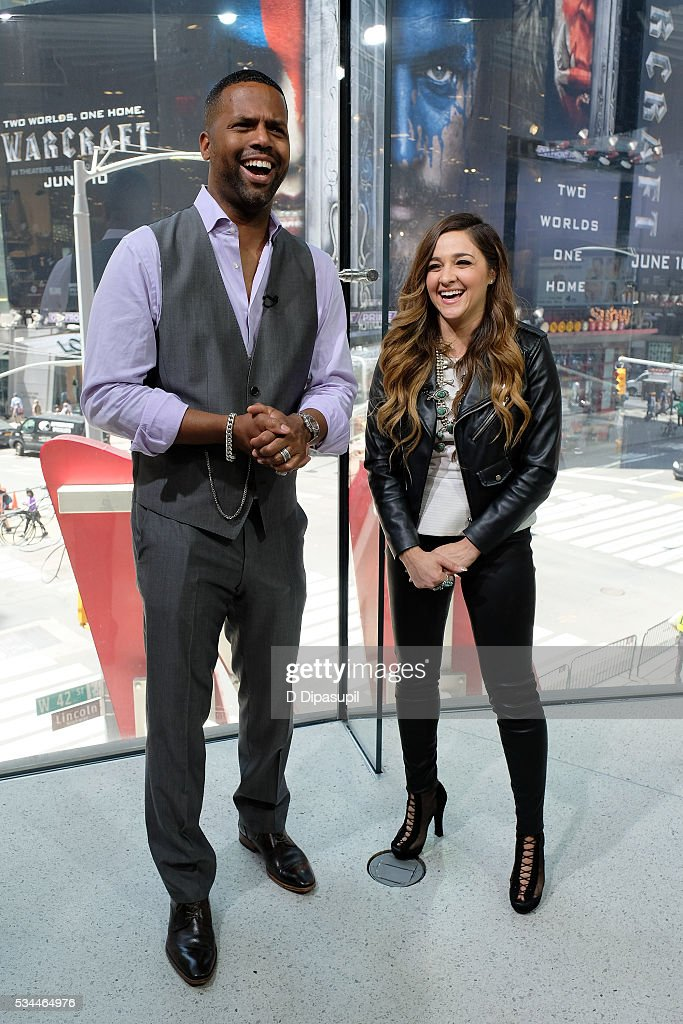 AJ Calloway (L) interviews 'The Voice' season 10 winner <a gi-track='captionPersonalityLinkClicked' href=/galleries/search?phrase=Alisan+Porter&family=editorial&specificpeople=668247 ng-click='$event.stopPropagation()'>Alisan Porter</a> during her visit to 'Extra' at their New York studios at H&M in Times Square on May 26, 2016 in New York City.
