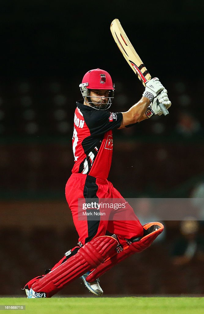 <a gi-track='captionPersonalityLinkClicked' href=/galleries/search?phrase=Callum+Ferguson&family=editorial&specificpeople=791741 ng-click='$event.stopPropagation()'>Callum Ferguson</a> of the Redbacks bats during the Ryobi Cup One Day match between the New South Wales Blues and the South Australian Redbacks at Sydney Cricket Ground on February 14, 2013 in Sydney, Australia.
