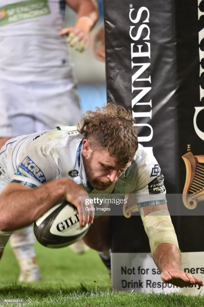 Callum Gibbins of the Glasgow Warriors scores a try during the Guinness Pro14 match between Toyota Cheetahs and Glasgow Warriors at Toyota Stadium on October 06, 2017 in Bloemfontein, South Africa.