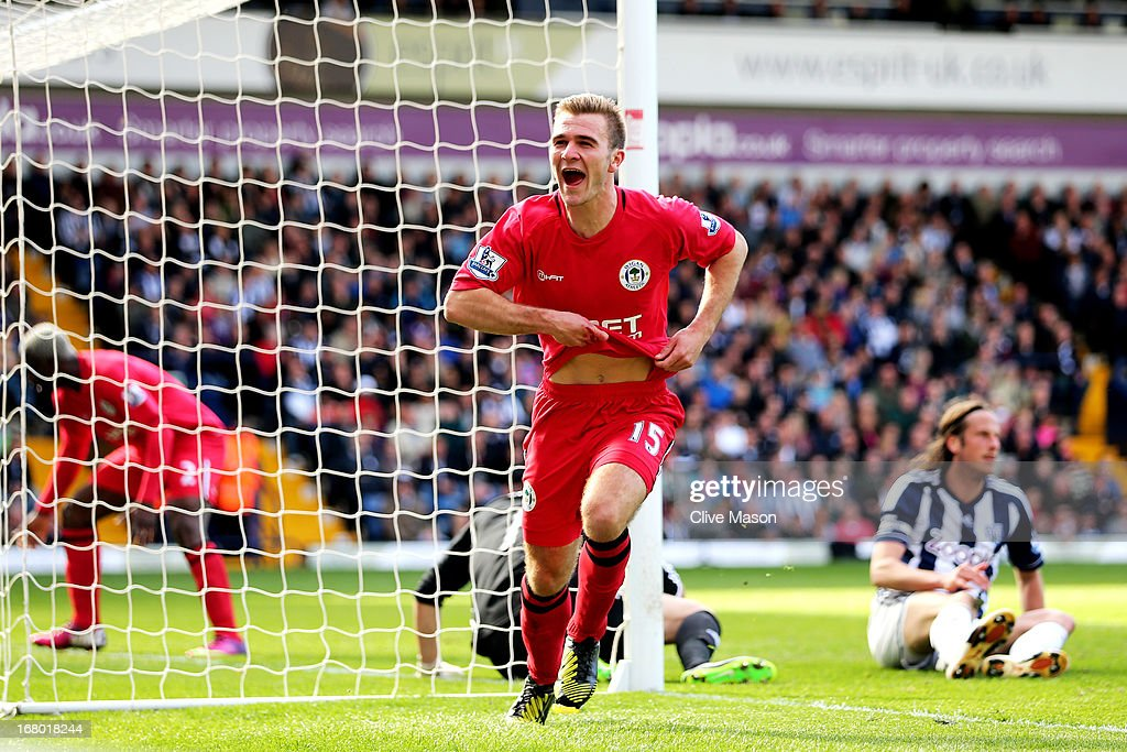 <a gi-track='captionPersonalityLinkClicked' href=/galleries/search?phrase=Callum+McManaman&family=editorial&specificpeople=5872412 ng-click='$event.stopPropagation()'>Callum McManaman</a> of Wigan celebrates after scoring his team's third goal during the Barclays Premier League match between West Bromwich Albion and Wigan Athletic at The Hawthorns on May 4, 2013 in West Bromwich, England.