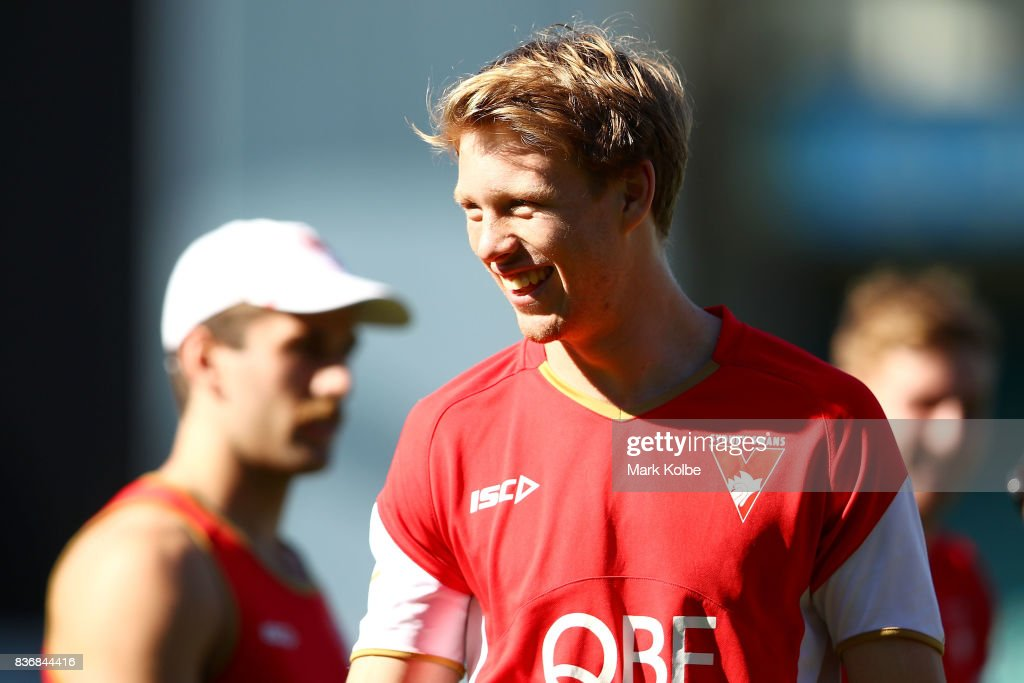 Callum Mills laughs during a Sydney Swans AFL training session at Sydney Cricket Ground on August 22, 2017 in Sydney, Australia.