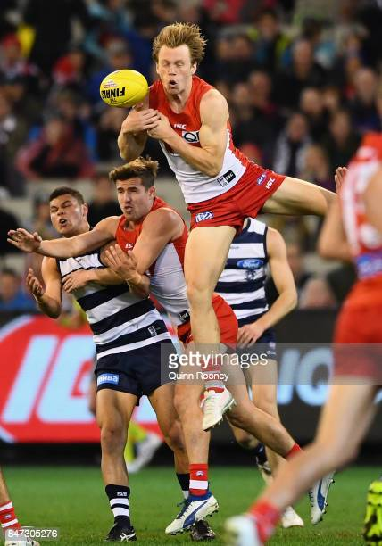 Callum Mills of the Swans attempts to mark during the Second Semi Final AFL match between the Geelong Cats and the Sydney Swans at Melbourne Cricket...