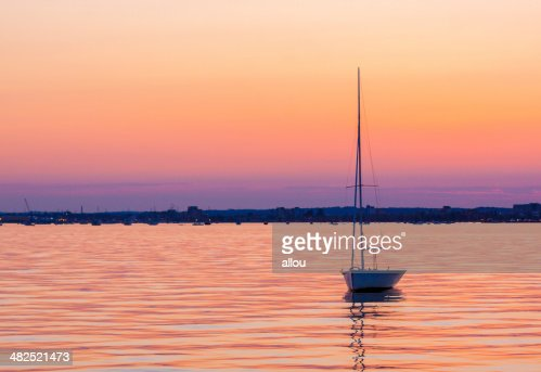 Calm waters and boats in Poole Harbour : Stock Photo