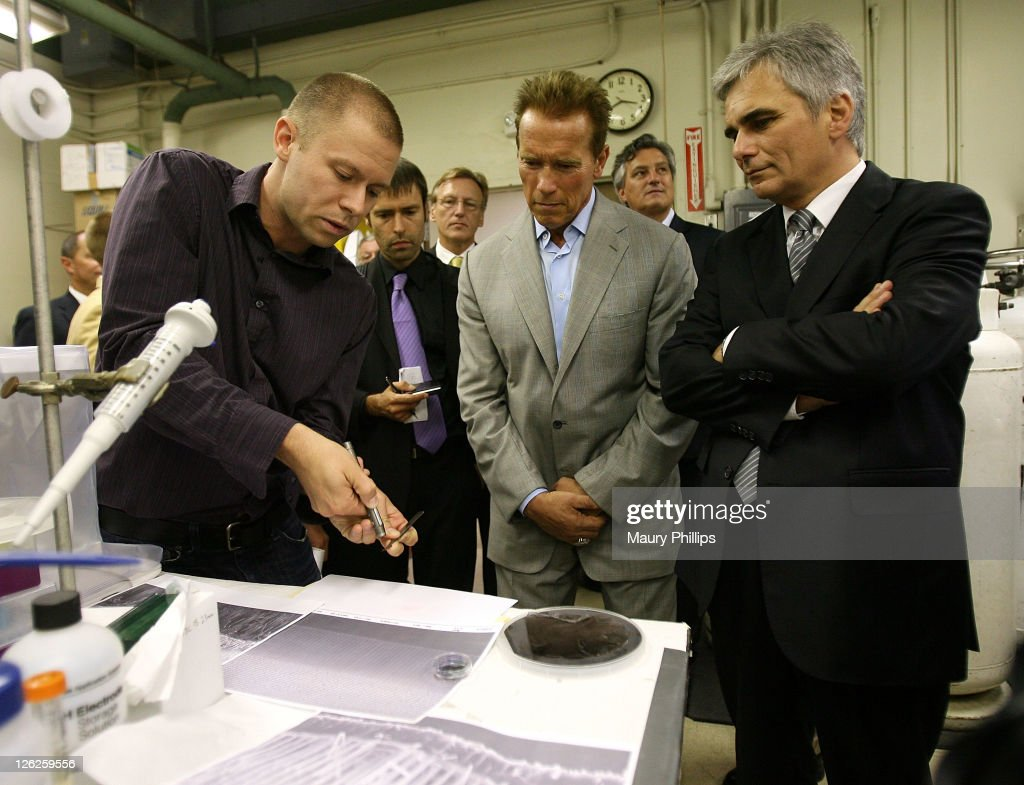 CalTech student Josh Spurgean, former governor Arnold Schwarzenegger and Austrian Chancellor Werner Faymann during the Solar Energy Research Labs Tour at CalTech on September 23, 2011 in Los Angeles, California.