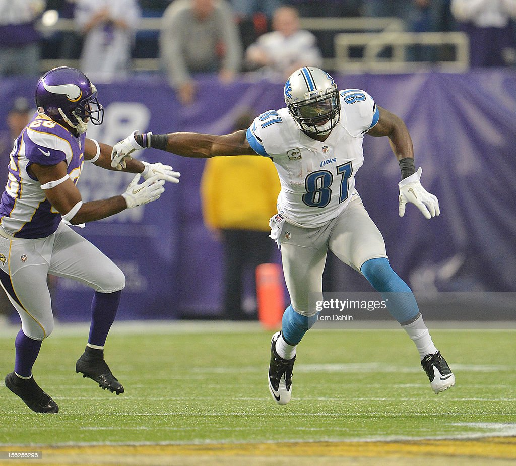 Calvin Johnson #11 of the Detroit Lions runs a route during an NFL game against the Minnesota Vikings at Mall of America Field at the Hubert H. Humphrey Metrodome on November 11, 2012 in Minneapolis, Minnesota.