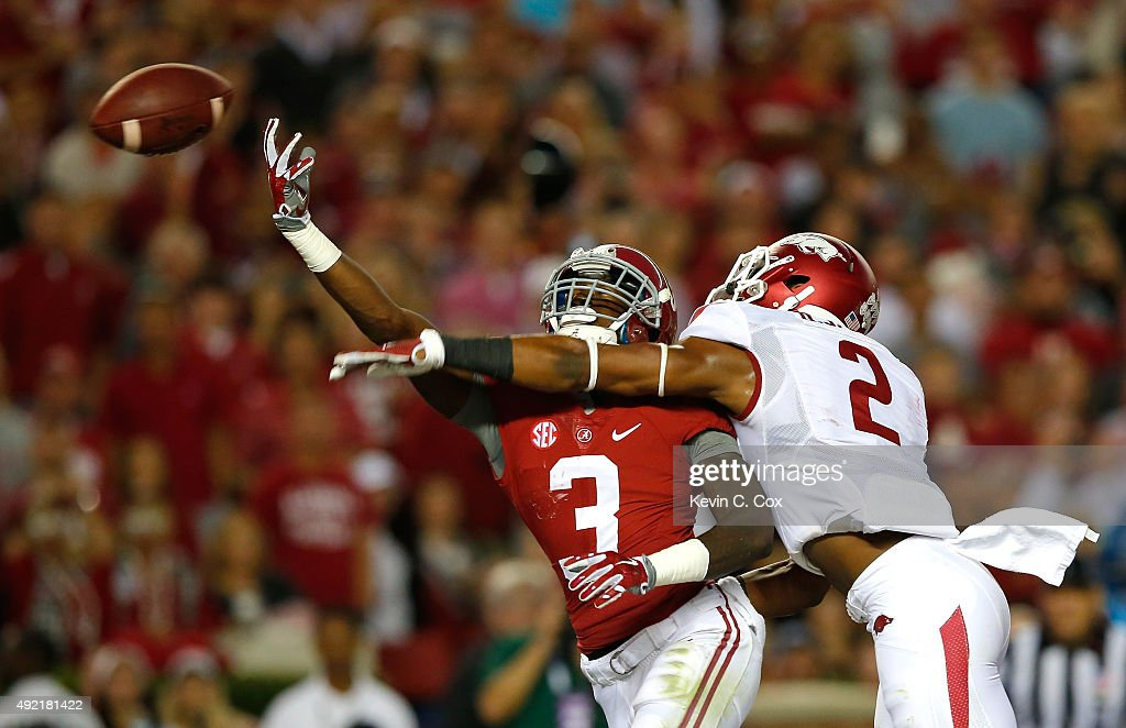 Calvin Ridley of the Alabama Crimson Tide fails to pull in this touchdown reception against DJ Dean of the Arkansas Razorbacks at BryantDenny Stadium...