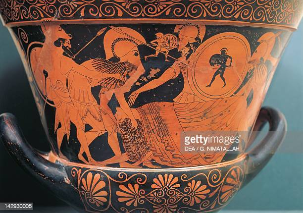 Calyx krater with a scene of the deposition of a warrior redfigure pottery from Sicily Italy Ancient Greek civilization Magna Graecia 5th Century BC...