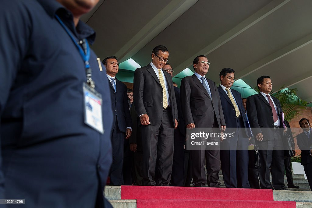 Pm Hun Sen & Opposition Leader Sam Rainsy Hold Talks In Phnom Penh