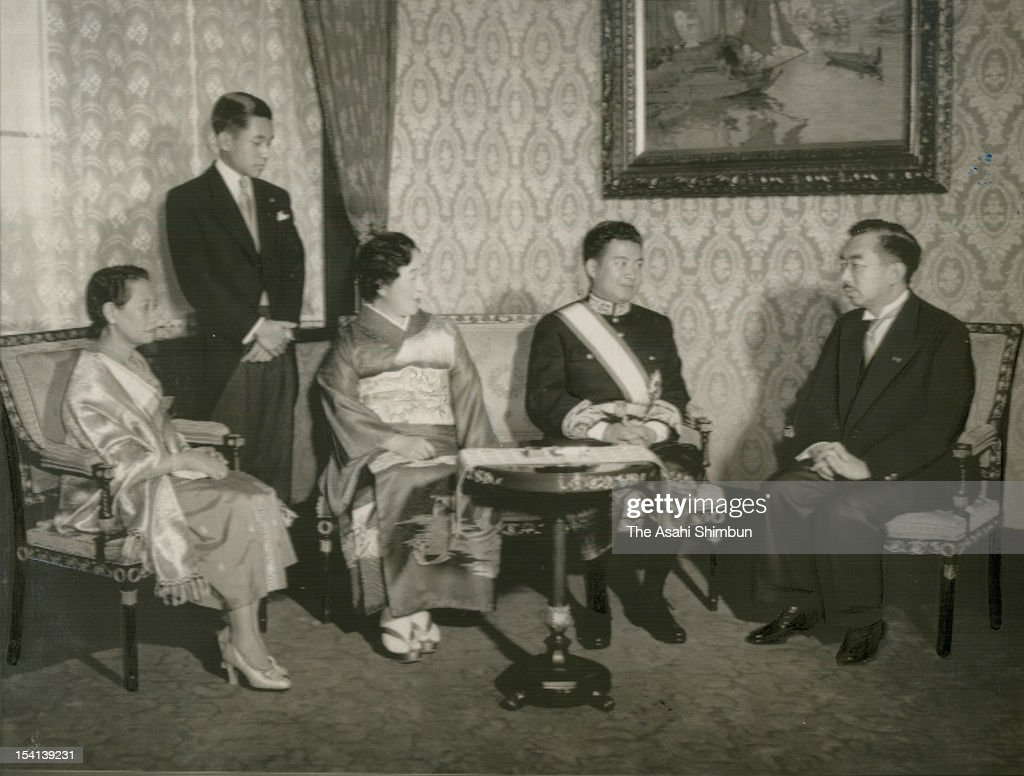 Cambodian Prime Minister Prince Norodom Sihanouk is welcomed by Emperor Hirohito Empress Nagako and Crown Prince Akihito at the Imperial Palace on...