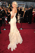 Cameron Diaz arrives at the 84th Annual Academy Awards at Grauman's Chinese Theatre on February 26 2012 in Hollywood California