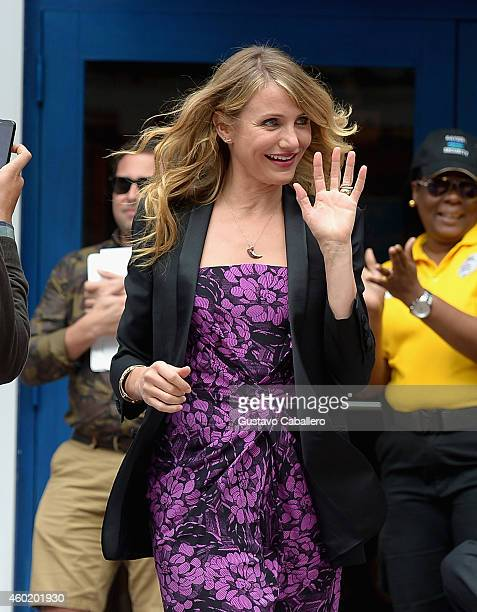 Cameron Diaz attends the 'Annie' Walk of Fame ceremony on December 9 2014 in Miami Florida