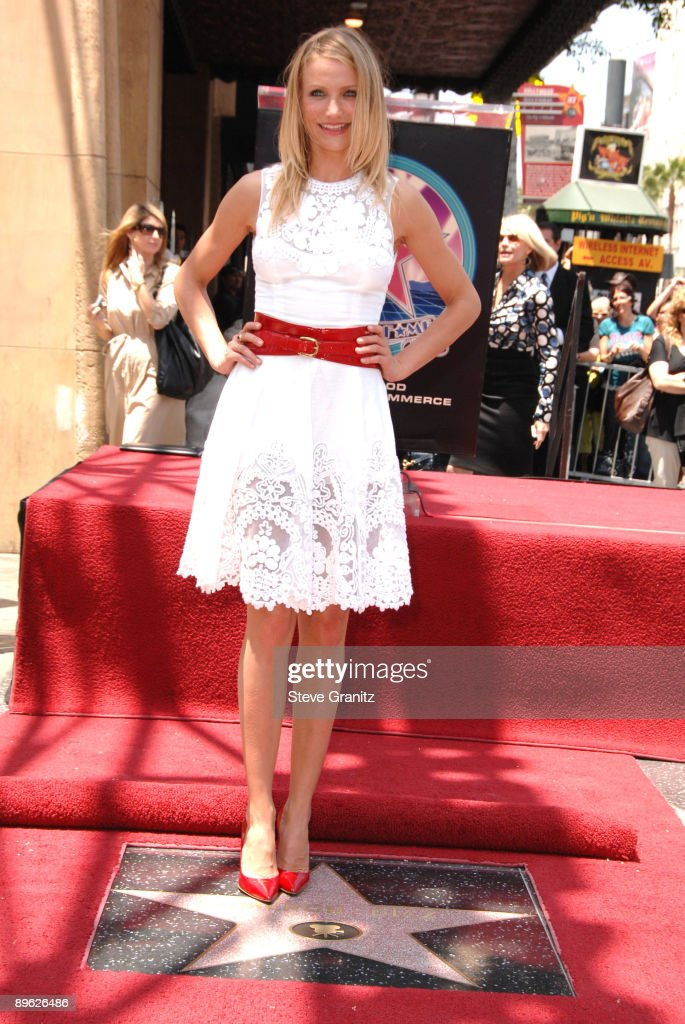 Cameron Diaz Cameron Diaz honored with a Star on the Hollywood Walk Of Fame on June 22, 2009 in Hollywood, California.