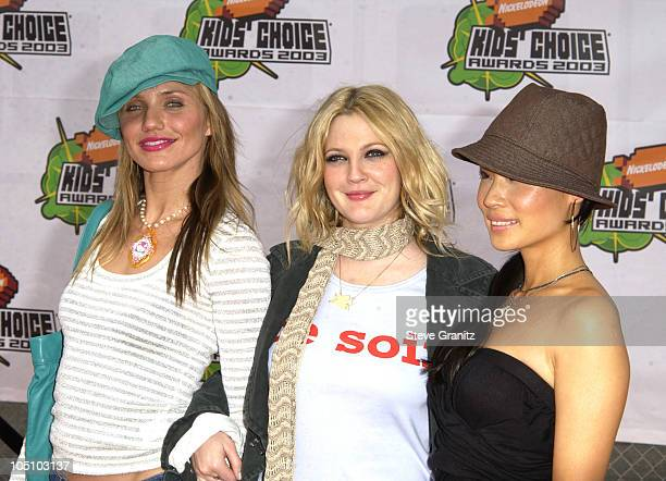 Cameron Diaz Drew Barrymore and Lucy Liu during Nickelodeon's 16th Annual Kids' Choice Awards 2003 Arrivals at Barker Hanger in Santa Monica...