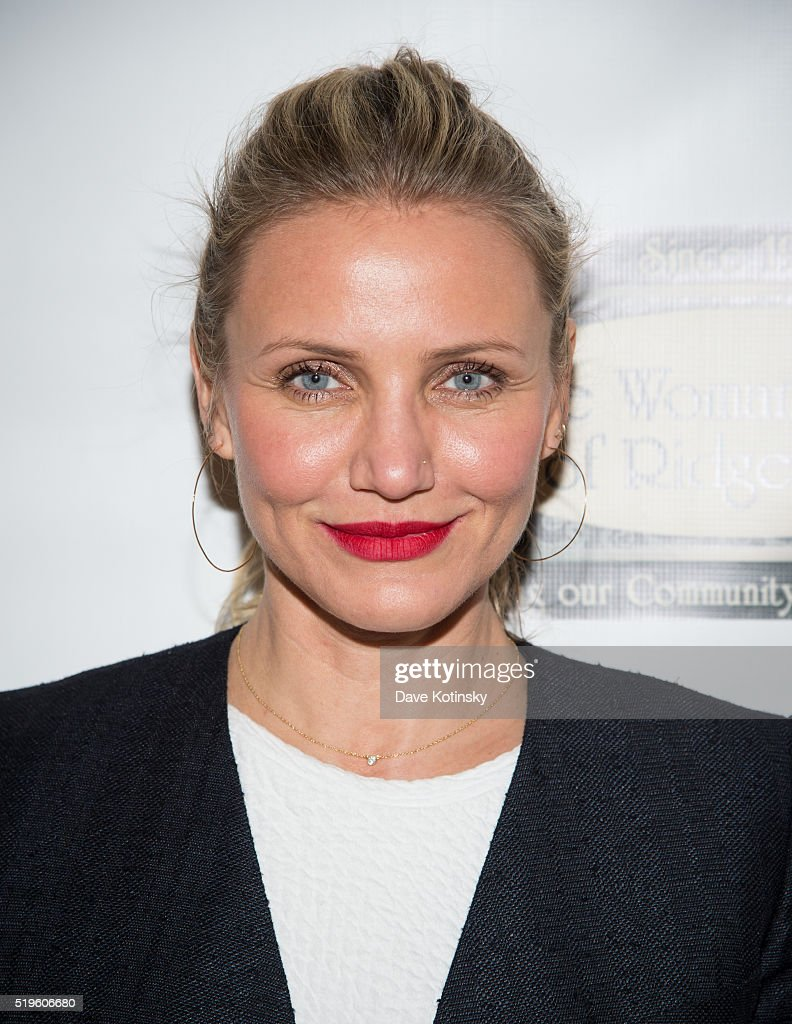 Cameron Diaz Visits the Woman's Club of Ridgewood on April 7 2016 in Ridgewood New Jersey