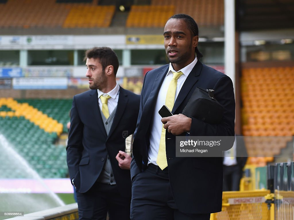 <a gi-track='captionPersonalityLinkClicked' href=/galleries/search?phrase=Cameron+Jerome&family=editorial&specificpeople=815275 ng-click='$event.stopPropagation()'>Cameron Jerome</a> of Norwich City is seen on arrival at the stadium prior to the Barclays Premier League match between Norwich City and West Ham United at Carrow Road on February 13, 2016 in Norwich, England.