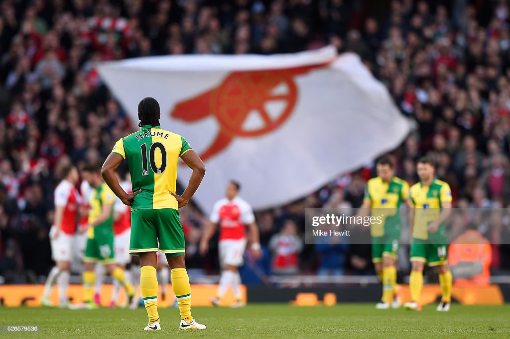 <a gi-track='captionPersonalityLinkClicked' href=/galleries/search?phrase=Cameron+Jerome&family=editorial&specificpeople=815275 ng-click='$event.stopPropagation()'>Cameron Jerome</a> of Norwich City reacts after the opening goal scored by Danny Welbeck of Arsenal during the Barclays Premier League match between Arsenal and Norwich City at The Emirates Stadium on April 30, 2016 in London, England