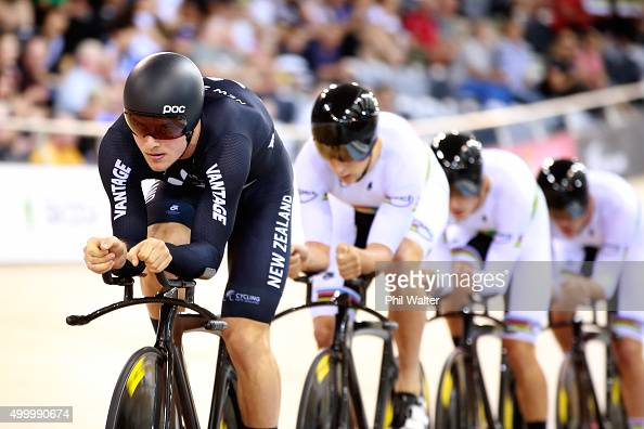 Cameron Karwowski Piet Bulling Alex Frame and Regan Gough of New Zealand during the Mens Team Pursuit semifinal during the 2015 UCI Track Cycling...