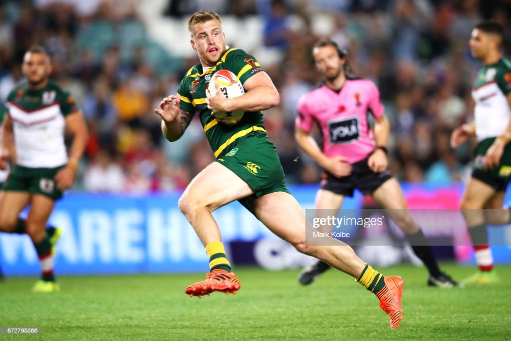 Cameron Munster of Australia breaks away to score a try during the 2017 Rugby League World Cup match between Australia and Lebanon at Allianz Stadium on November 11, 2017 in Sydney, Australia.