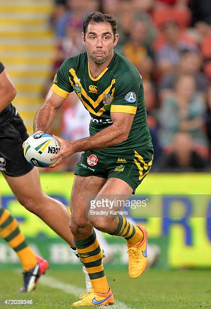 Cameron Smith of Australia looks to pass during the TransTasman Test match between the Australia Kangaroos and the New Zealand Kiwis at Suncorp...