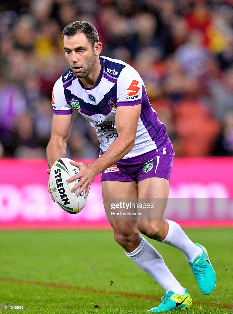 <a gi-track='captionPersonalityLinkClicked' href=/galleries/search?phrase=Cameron+Smith+-+Rugby+League+Player&family=editorial&specificpeople=453295 ng-click='$event.stopPropagation()'>Cameron Smith</a> of the Storm kicks the ball during the round 17 NRL match between the Brisbane Broncos and the Melbourne Storm at Suncorp Stadium on July 1, 2016 in Brisbane, Australia.