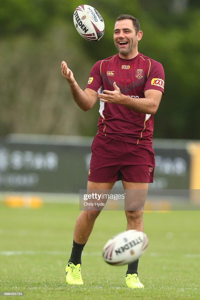 Cameron Smith passes during a Queensland Maroons State of Origin training session at Intercontinental Sanctuary Cove Resort on June 16, 2017 in Brisbane, Australia.