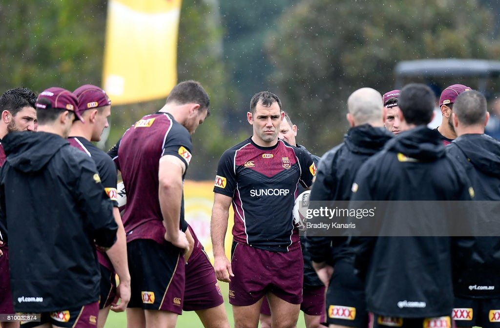 Cameron Smith talks to his team mates during a Queensland Maroons State of Origin training session at Sanctuary Cove on July 7, 2017 in Brisbane, Australia.