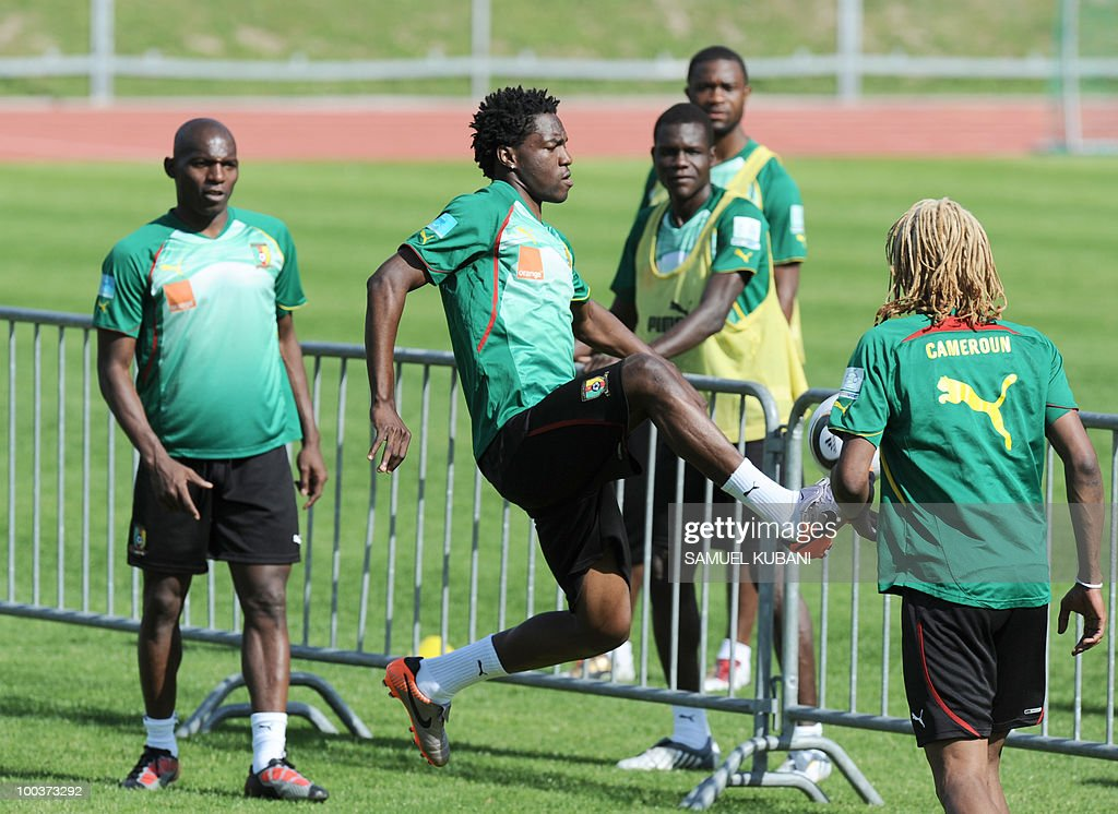 Cameroon national football player Georges Mandjeck, (C) saves the ball during a practice session of his team at their training camp in Lienz in Austria on May 24, 2010 prior to the FIFA World Cup 2010 in South Africa.