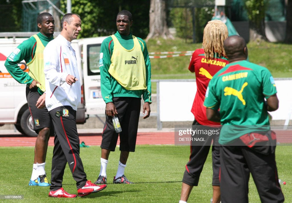 Cameroon national football team trainer Paul Le Guen (2nd L) of France talks to team players at their training session on May 21, 2010 in Lienz, some 550 kilometers southwest of Vienna. The Cameroon national team on arrived yesterday in Austria for a training camp ahead of the June 11-July 11 World Cup in South Africa, the Austrian news agency APA reported.