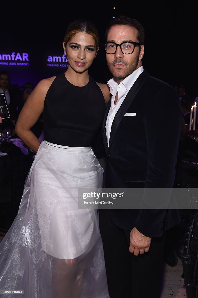 Camila Alves (L) and Jeremy Piven attend the 2015 amfAR New York Gala at Cipriani Wall Street on February 11, 2015 in New York City.
