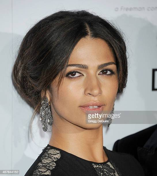 Camila Alves attends the 28th American Cinematheque Award honoring Matthew McConaughey at The Beverly Hilton Hotel on October 21 2014 in Beverly...