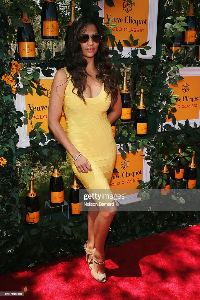 <a gi-track='captionPersonalityLinkClicked' href=/galleries/search?phrase=Camila+Alves&family=editorial&specificpeople=4501431 ng-click='$event.stopPropagation()'>Camila Alves</a> attends the sixth annual Veuve Clicquot Polo Classic on June 1, 2013 in Jersey City.