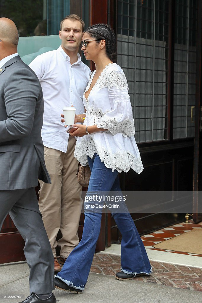<a gi-track='captionPersonalityLinkClicked' href=/galleries/search?phrase=Camila+Alves&family=editorial&specificpeople=4501431 ng-click='$event.stopPropagation()'>Camila Alves</a> is seen on June 27, 2016 in New York City.