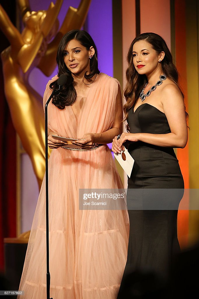 <a gi-track='captionPersonalityLinkClicked' href=/galleries/search?phrase=Camila+Banus&family=editorial&specificpeople=7185451 ng-click='$event.stopPropagation()'>Camila Banus</a>, left, and Teresa Castillo present the Emmy for Outstanding Entertainment Program in Spanish at the 2016 Daytime Emmy Awards at Westin Bonaventure Hotel on May 1, 2016 in Los Angeles, California.