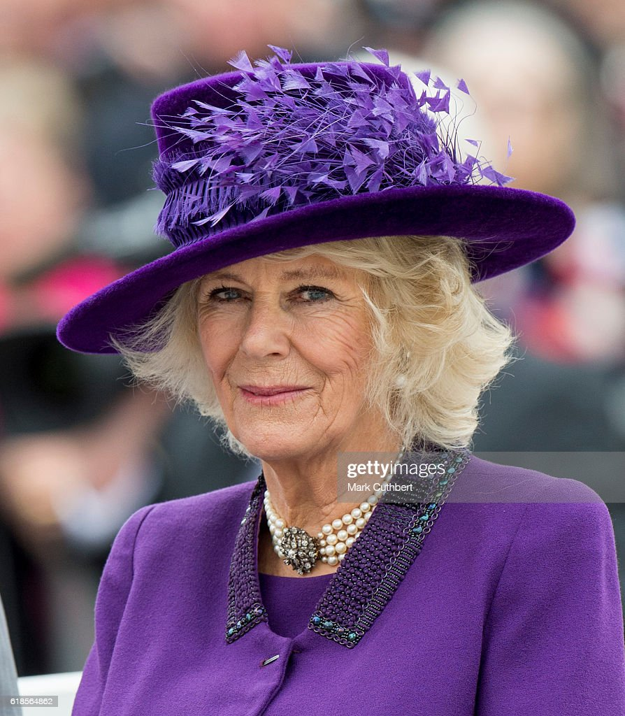 camilla-duchess-of-cornwall-attends-the-unveiling-of-a-statue-of-picture-id618564862