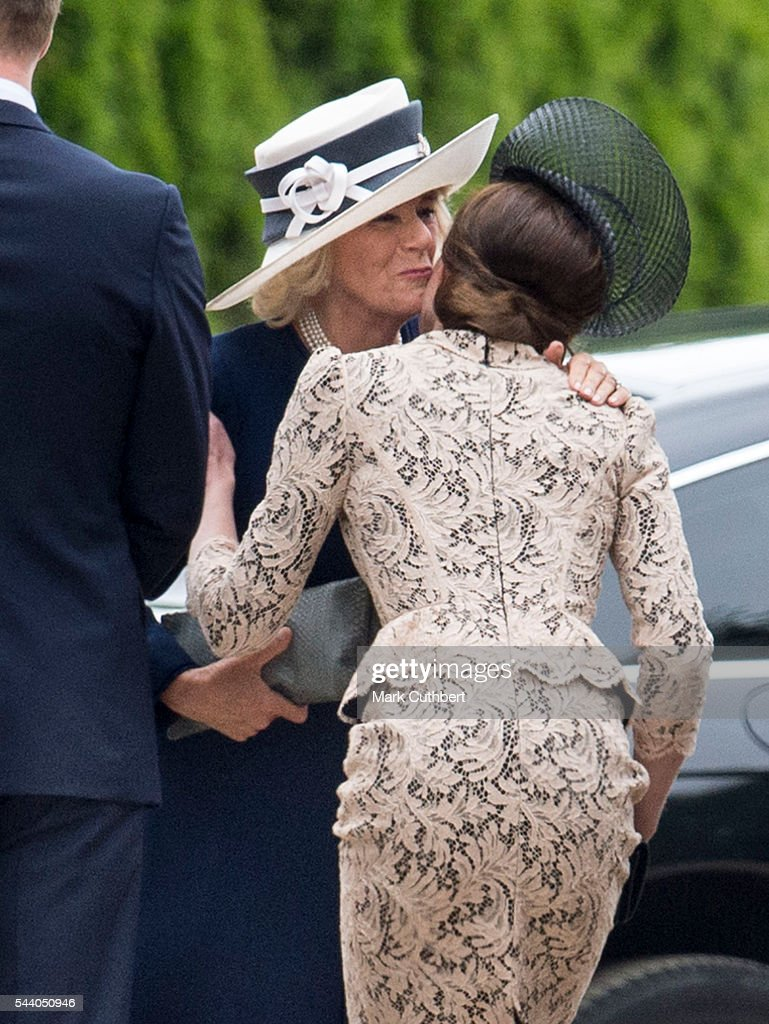 <a gi-track='captionPersonalityLinkClicked' href=/galleries/search?phrase=Camilla+-+Duchess+of+Cornwall&family=editorial&specificpeople=158157 ng-click='$event.stopPropagation()'>Camilla</a>, Duchess of Cornwall greets Catherine, Duchess of Cambridge at a Commemoration of the Centenary of the Battle of the Somme at The Commonwealth War Graves Commission Thiepval Memorial on July 01, 2016 in Thiepval, France.
