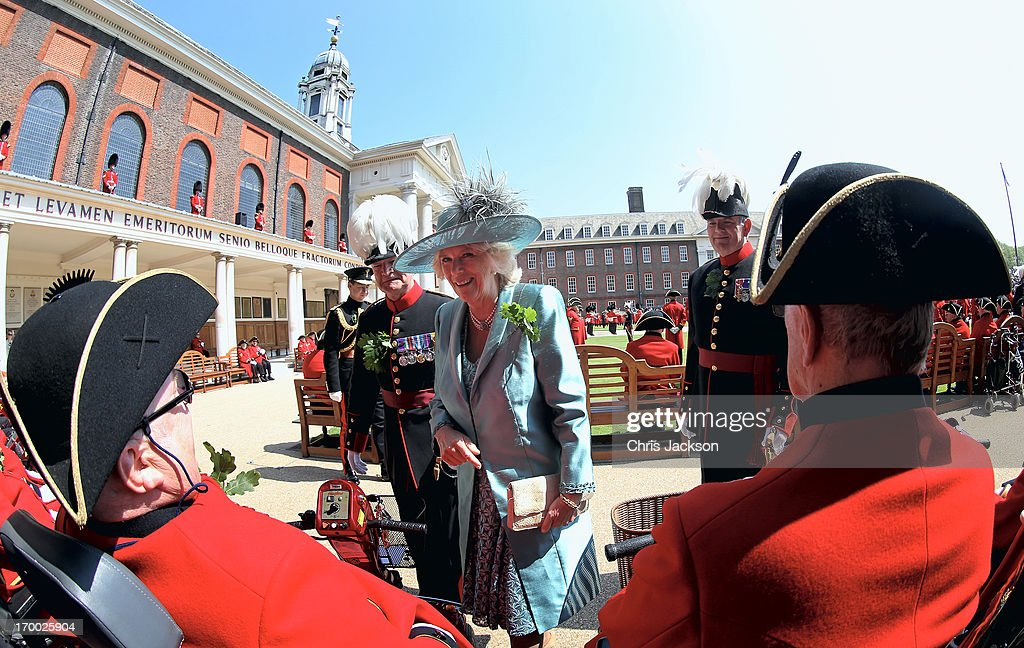 <a gi-track='captionPersonalityLinkClicked' href=/galleries/search?phrase=Camilla+-+Duchess+of+Cornwall&family=editorial&specificpeople=158157 ng-click='$event.stopPropagation()'>Camilla</a>, Duchess of Cornwall meets Chelsea Pensioners as she visits the Royal Hospital Chelsea to review The Founder's Day Parade on June 6, 2013 in London, England. The Royal Hospital Founder's Day is always held on a day close to the 29th May - the birthday of Charles II and the date of his restoration as King in May 1660. The day is also known as Oak Apple Day as it commemorates the escape of the future King Charles after the Battle of Worcester (1651) when he hid in an oak tree to avoid capture by the Parliamentary forces.