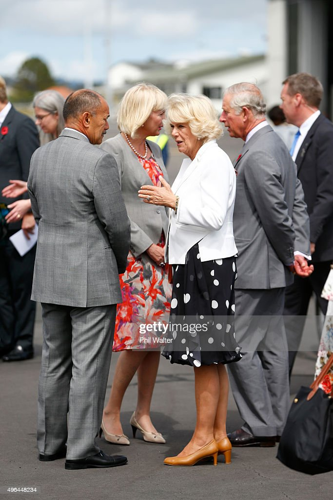 Camilla Duchess of Cornwall talks with NZ Governor General Sir Jerry Mateparae as Prince Charles Prince of Wales and Camilla Duchess of Cornwall...