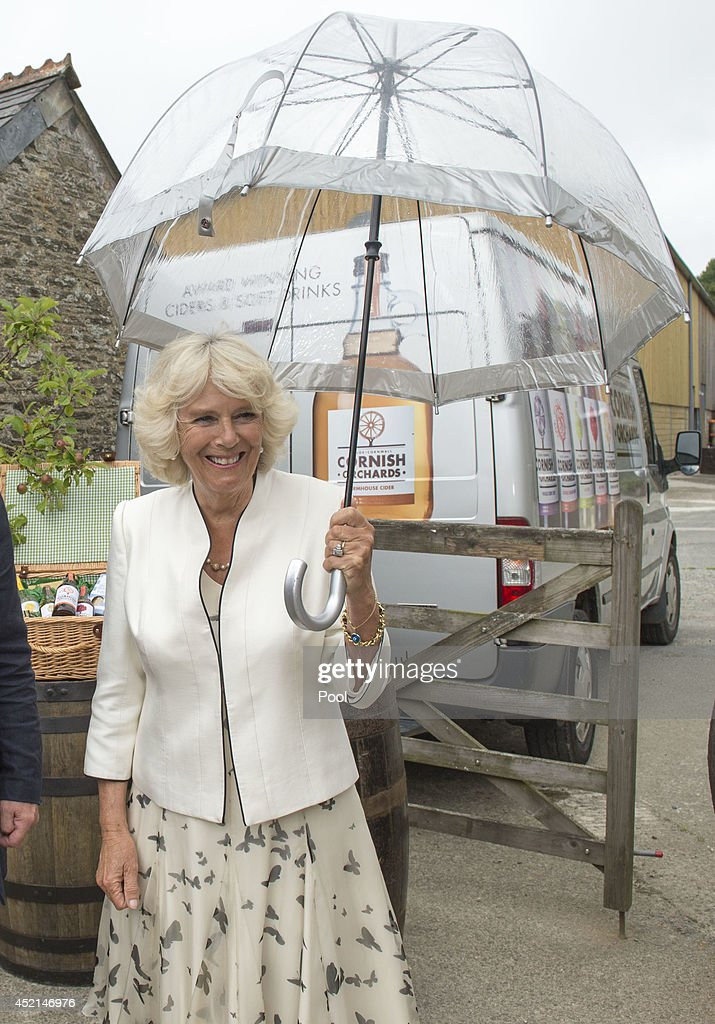 <a gi-track='captionPersonalityLinkClicked' href=/galleries/search?phrase=Camilla+-+Duchess+of+Cornwall&family=editorial&specificpeople=158157 ng-click='$event.stopPropagation()'>Camilla</a>, Duchess of Cornwall tours Cornish Orchards, a company which produces apple juice and cider, meeting staff and learning about the production process at Westnorth Manor Farm, Duloe on July 14, 2014 in Liskeard, England.