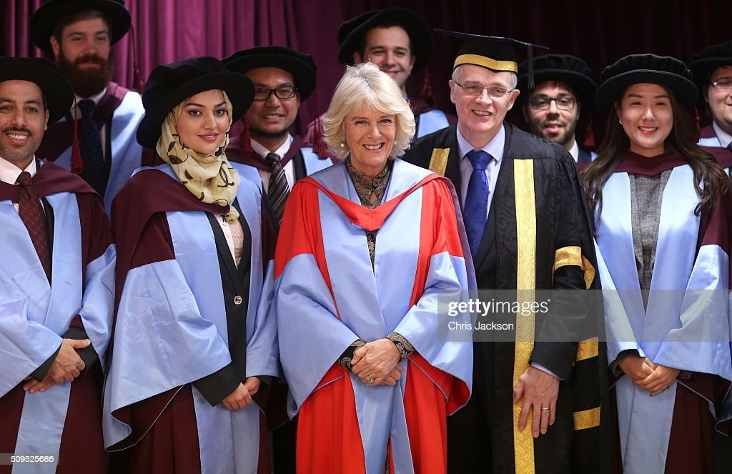 <a gi-track='captionPersonalityLinkClicked' href=/galleries/search?phrase=Camilla+-+Hertiginna+av+Cornwall&family=editorial&specificpeople=158157 ng-click='$event.stopPropagation()'>Camilla</a>, Duchess Of Cornwall with Vice Chancellor Professor Sir Christopher Snowden and graduates at the University Of Southampton where she was awarded an Honourary Doctorate on February 11, 2016 in Southampton, England.
