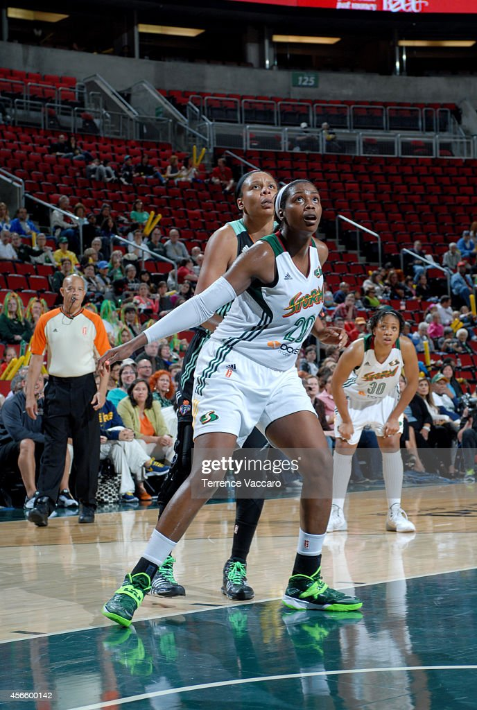 <a gi-track='captionPersonalityLinkClicked' href=/galleries/search?phrase=Camille+Little&family=editorial&specificpeople=707865 ng-click='$event.stopPropagation()'>Camille Little</a> #20 of the Seattle Storm battles for position against the New York Liberty on July 24,2014 at Key Arena in Seattle, Washington.