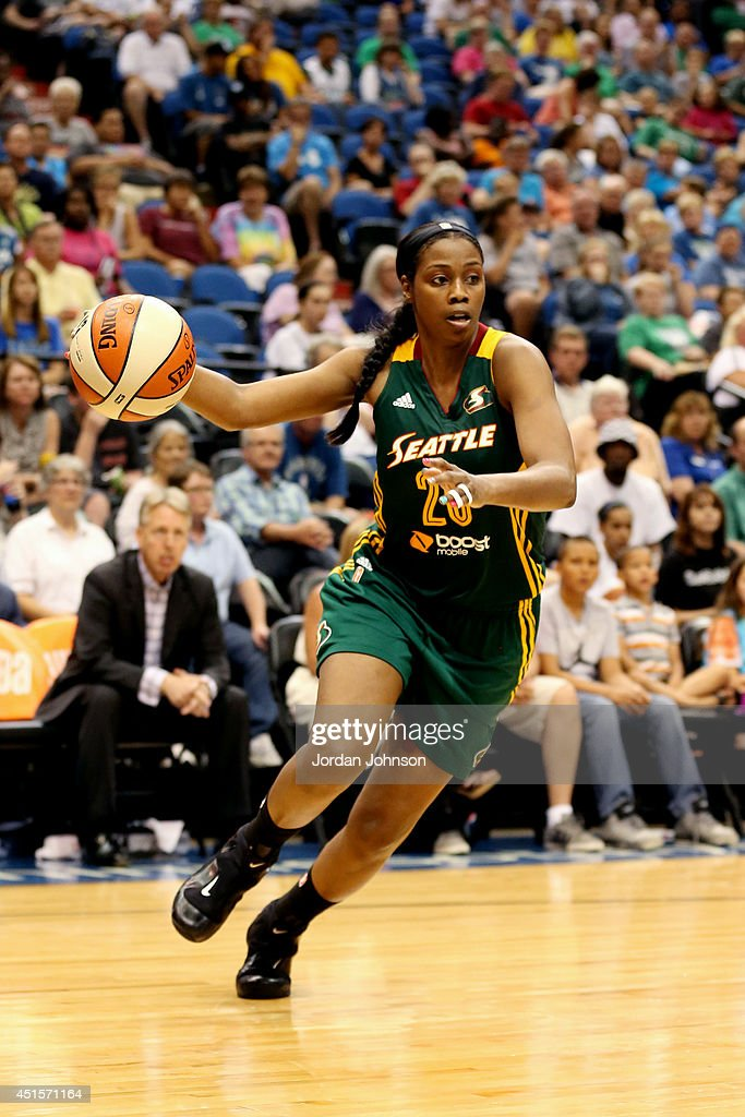 <a gi-track='captionPersonalityLinkClicked' href=/galleries/search?phrase=Camille+Little&family=editorial&specificpeople=707865 ng-click='$event.stopPropagation()'>Camille Little</a> #20 of the Seattle Storm drives against the Minnesota Lynx on June 29, 2014 at Target Center in Minneapolis, Minnesota.
