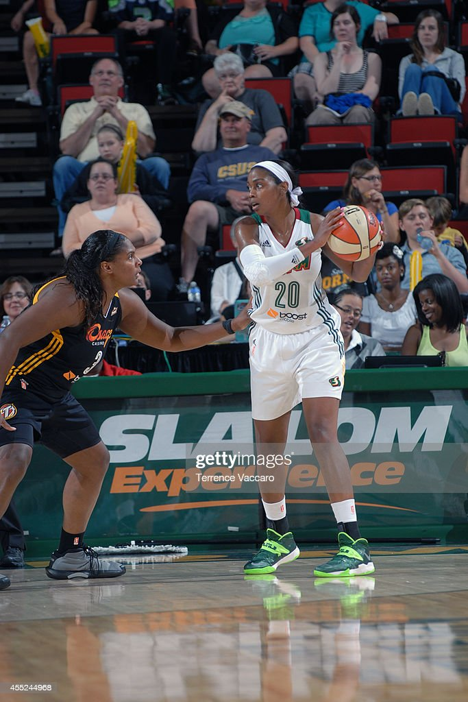 <a gi-track='captionPersonalityLinkClicked' href=/galleries/search?phrase=Camille+Little&family=editorial&specificpeople=707865 ng-click='$event.stopPropagation()'>Camille Little</a> #20 of the Seattle Storm handles the ball against Courtney Paris #3 of the Tulsa Shock during the game on August 10,2014 at Key Arena in Seattle, Washington.