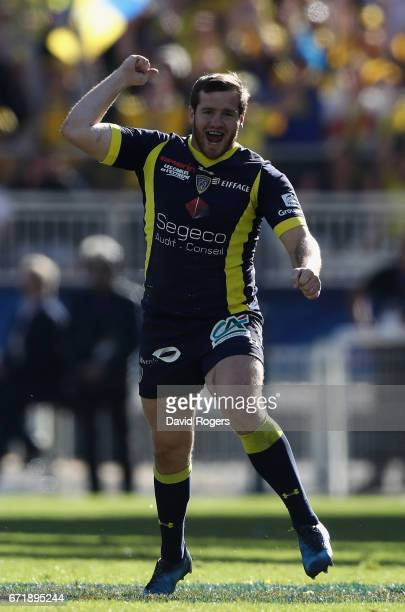 Camille Lopez of Clermont Auvergne celebrates after kicking a second drop goal during the European Rugby Champions Cup semi final match between ASM...
